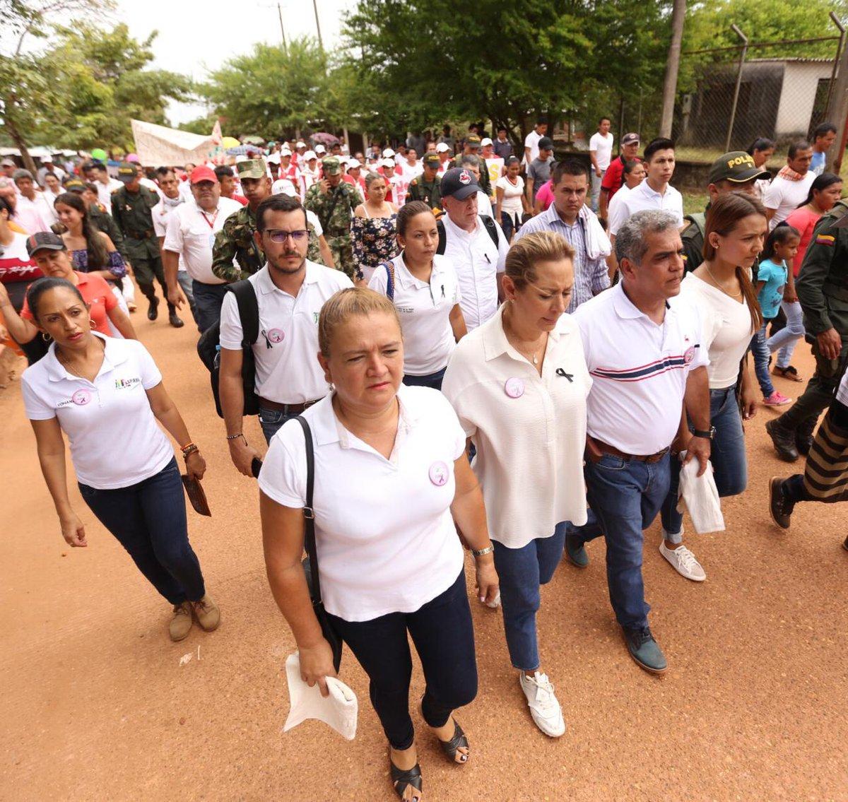 Marcela Amaya, gobernadora del Meta visitó el municpio de Mapiripán (Meta) donde participó en la marcha en rechazo al asesinato de Erika González. - Foto / @GobMeta
